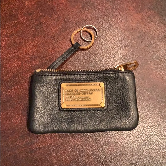 marc jacobs key chain wallet